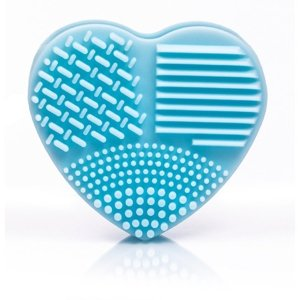 blend it! Brush Cleaning Heart Light Blue